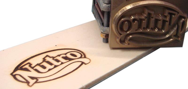 Marcatura per legno: esempi di lavorazioni laser e codifiche CE_3